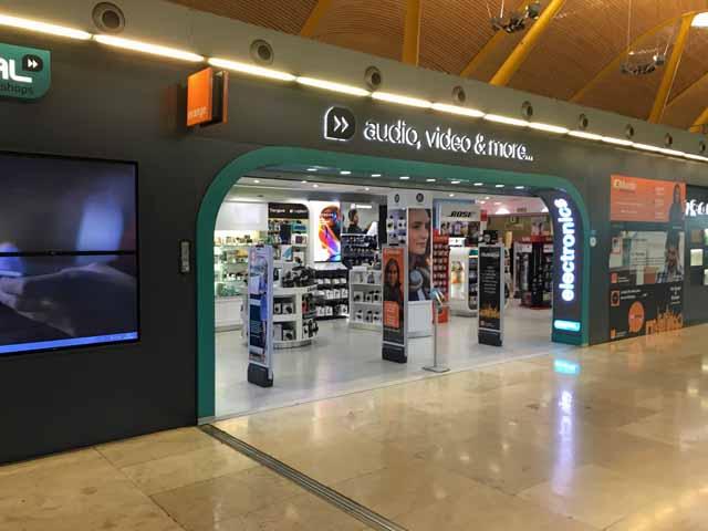 VodafoneとOrangeのプリペイドSIMカードが売っている店舗