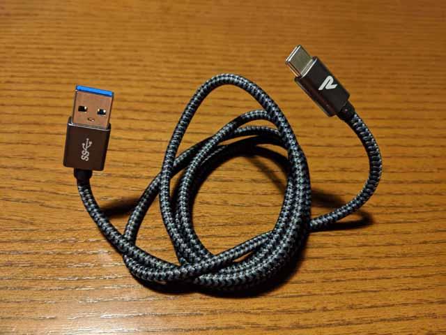 Pixel3a の充電用USBケーブル